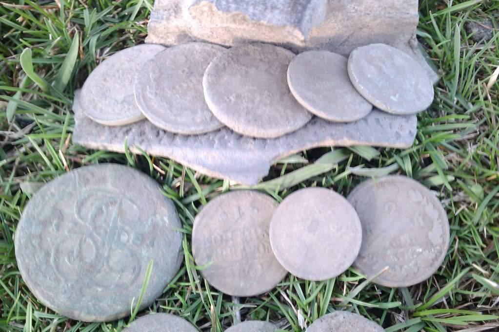 монетки из  земли монета из земли