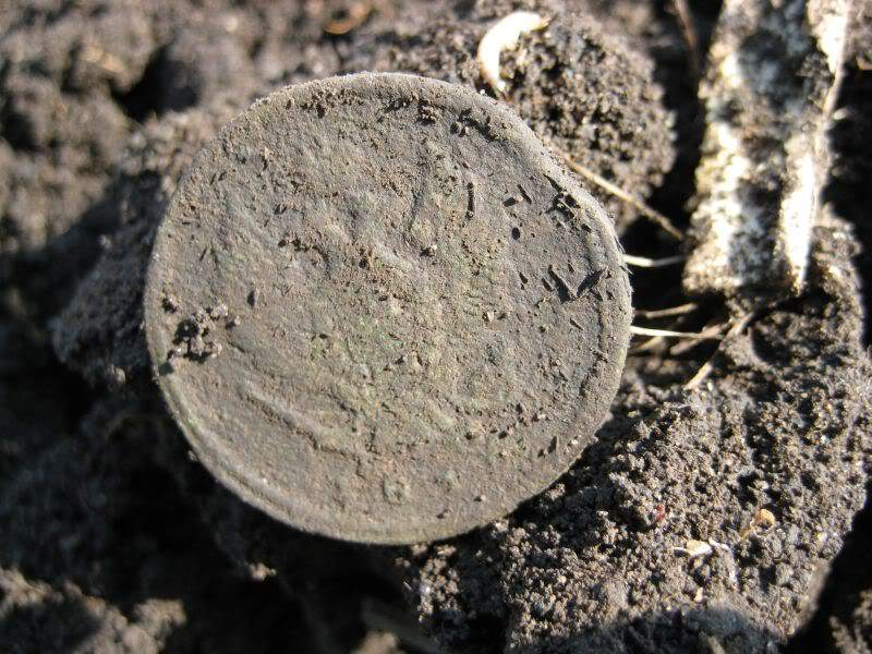 первая монетка